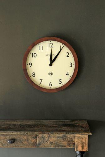 Wimbledon Round Dark Wood Clock