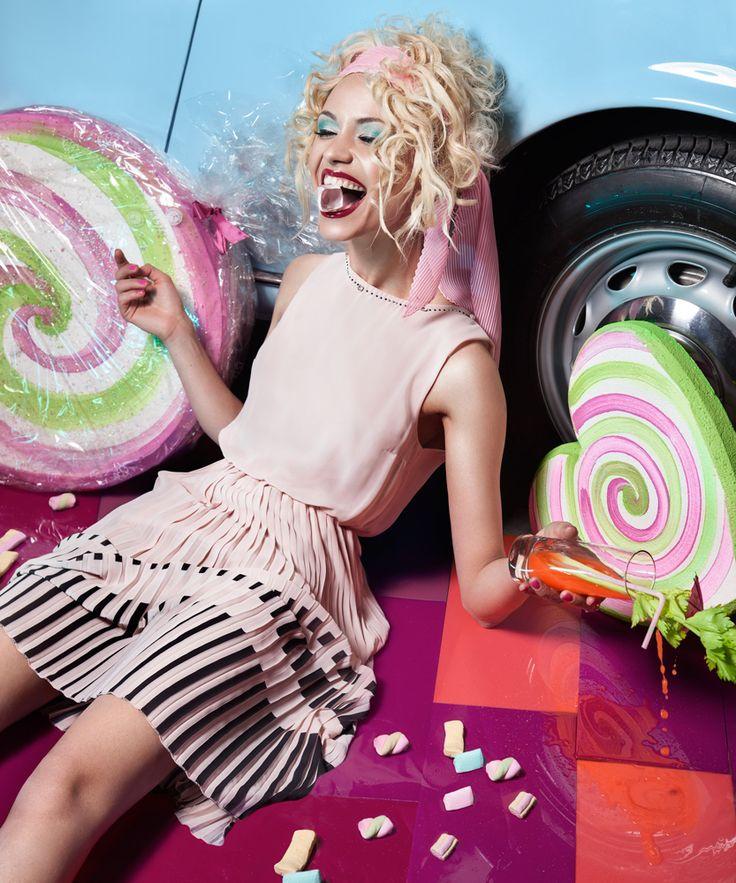 Curly blond hair BY Egidio Borri PHOTO Azzurra Piccardi MUA Barbara Corso pink dress coktail