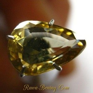 Batu Permata Pear Cut Greenish Yellow Zircon 2.37 carat