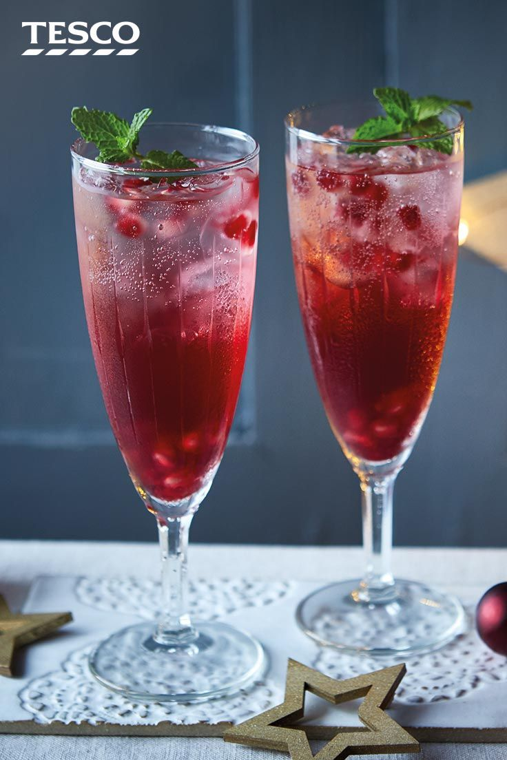 Cranberry And Pomegranate Punch Recipe Tesco Real Food Recipe Christmas Drinks Nonalcoholic Pomegranate Punch Recipes Cranberry Drinks