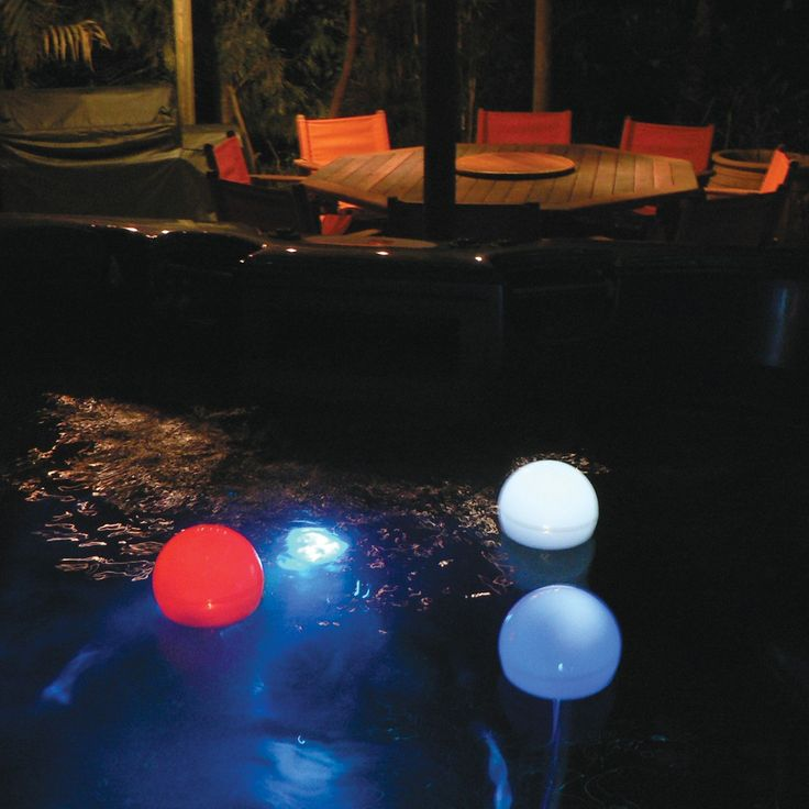 Solar Powered Pool And Spa Light