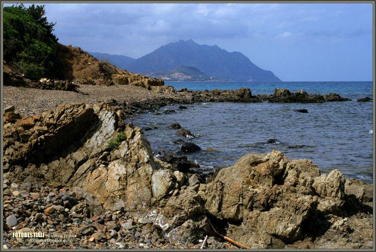 La costa rocciosa di Barisoni - Marina di Tertenia
