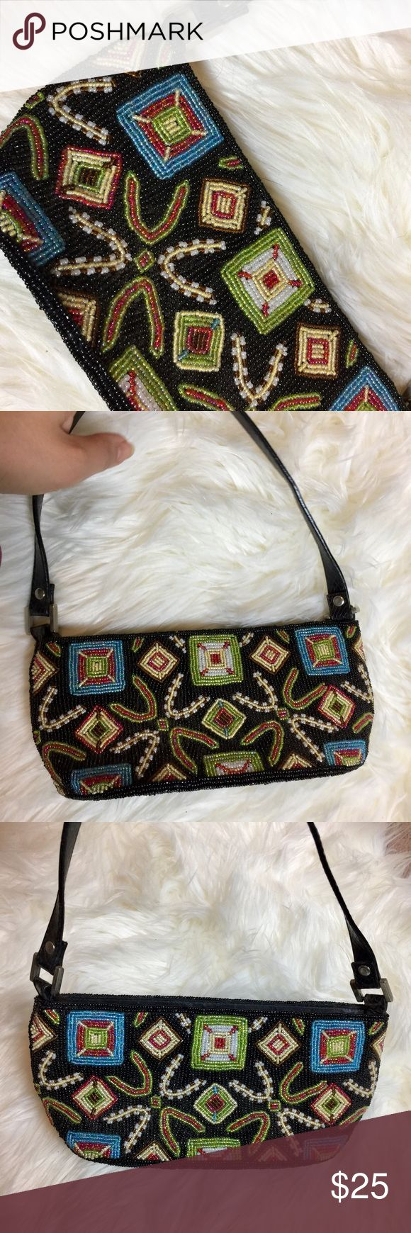 "Vintage beaded small purse from New Coast In great condition. Small vintage fully beaded purse. 10x4 with 8"" drop Vintage Bags Mini Bags"