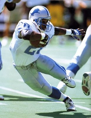 BARRY SANDERS - my favorite running back of all time!