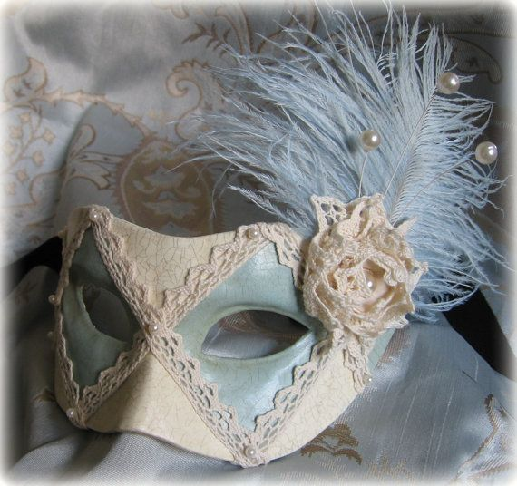 Marie Antoinette, vintage style, masked ball, masquerade, fancy dress, Venice carnival, feathered party mask
