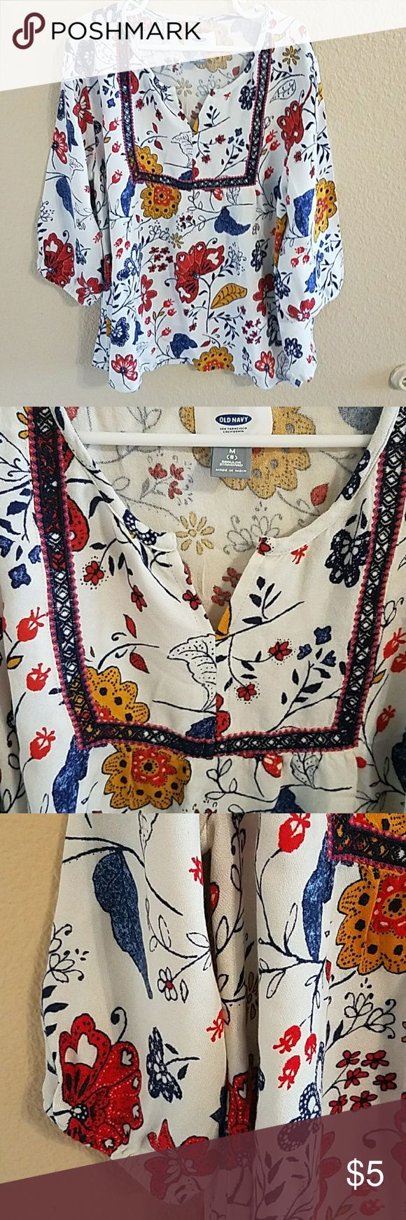 Old Navy Boho Top Size 8 🎉HP🎉 🎉HP🎉 Adorable! Boho Style Old Navy Floral Top Size 8  3/4 Sleeve V Neck and Embroidered Detail. Soft and Silky. Excellent condition worn once Old Navy Shirts & Tops
