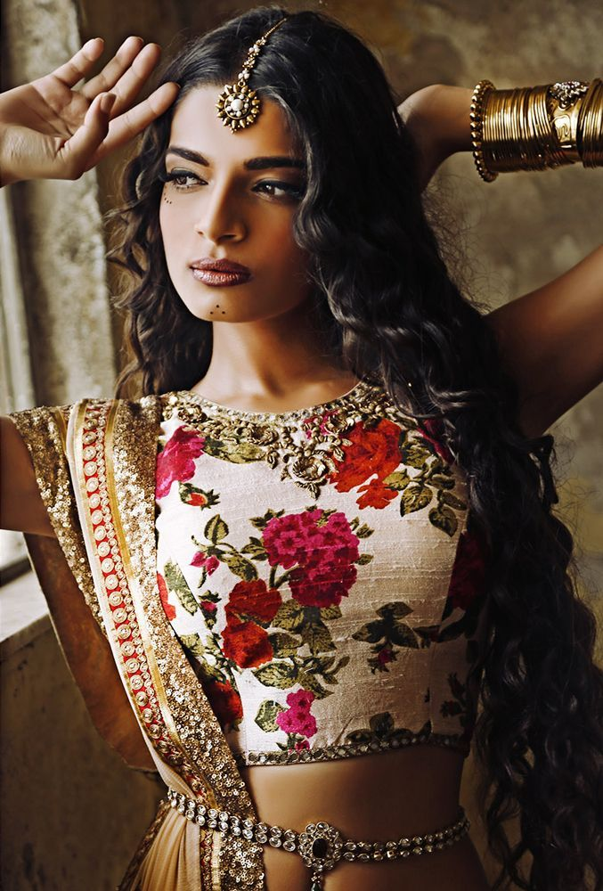Indian boho style - Sapana Amin - Bohemian Rani | http://sapanaamin.com/collections/bohemian-rani-festive-collection-2013/