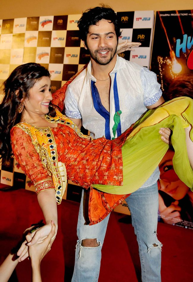 Varun Dhawan and Alia Bhatt at trailer launch of Humpty Sharma ki Dulhaniya. #Style #Bollywood #Fashion #Beauty