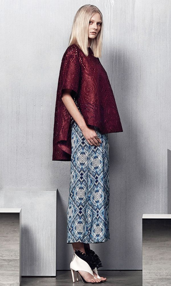 Stylish bohemian summer style: Cutout ethnic pattern loose fitting long short hemline burgundy top + pattern print crop pants Zimmermann Resort 2015 #Resort15 #Fashion
