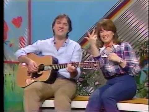 Childrens ITV - Alphabet Zoo - Ralph McTell - YouTube