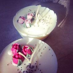 """""""fiori di zucchero"""" candele in cera di soia con roselline di zucchero"""