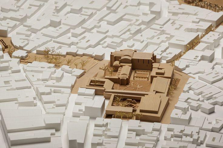 Moneo . Moneo Brock . Plaza de España .  Santo Domingo  (3). Arquitectura. Maquetas. Rafael Moneo