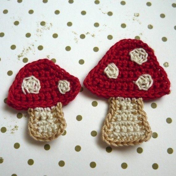 2pcs - fungo Crochet Appliques - Shroom mamma e bambino Shroom in rosso con pois beige - su ordinazione