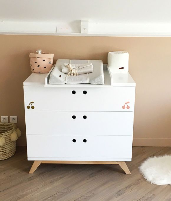 une commode table langer blanche - Table A Langer Commode