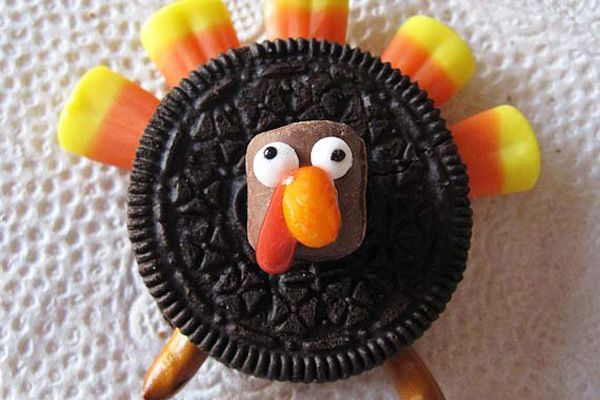 Oreo Turkey cute food kids cookie thanksgiving easy turkey oreo candy corn