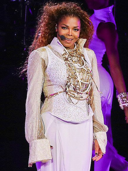 Janet Jackson Returns to the Stage for the First Time in Four Years, Debuts New Missy Elliott Track http://www.people.com/article/janet-jackson-returns-unbreakable-world-tour-missy-elliott