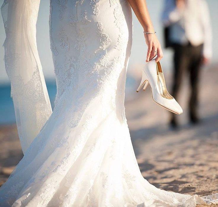 Baharın güzelliği çekimlerimize yansıyor �� ��Profesyonel fotoğrafçılar ile çalışın. ���������������������������� �� Whatsapp / DM / Bilgi / Rezervasyon ��0543 223 03 49�� ���������������������������� . #wedding #weddingphotography #photo #photographer #wedding #bride #groom #blue #trashday #dugunfotografi #dugunfotografcisi #fotograf #dugun #discekim #gelin #damat #gelinlik #gelinbuketi #gelincicegi #mavi #ask #canon #istanbul #türkiye #life #love #loveit #lovely…