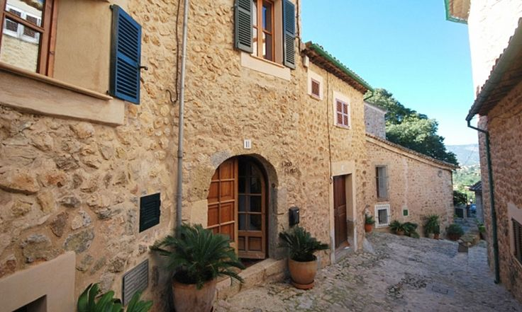 Mallorca Bed and Breakfast Accommodation in Biniaraix, Soller