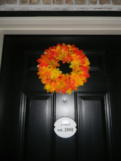 Easy and inexpensive wreath.