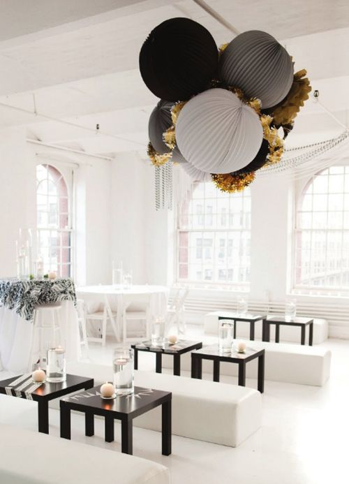 perfect NYE party decorations: Party'S, Paper Lanterns, Black And White, Lounges, Wedding, Black White, Parties Ideas, Gold, Parties Decor
