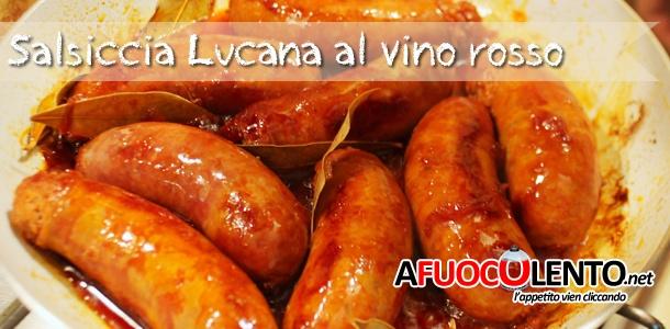 Salsiccia lucana al vino rosso #recipe #ricetta #salsiccia #sausage #wine #vino #regionalfood #cucinaregionale #afuocolento