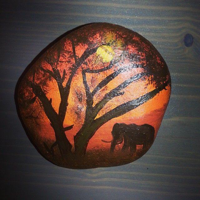 #stonepainting#stone#tasboyama#handmade#acrylic#kenya#afrika#günbatımı#elephant#sunset