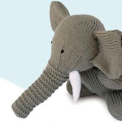 "Grab this free knitting pattern via """"Knitted Wild Animals"""
