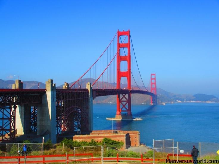 Love the 'super vivid' view of San Francisco's Golden Gate Bridge.