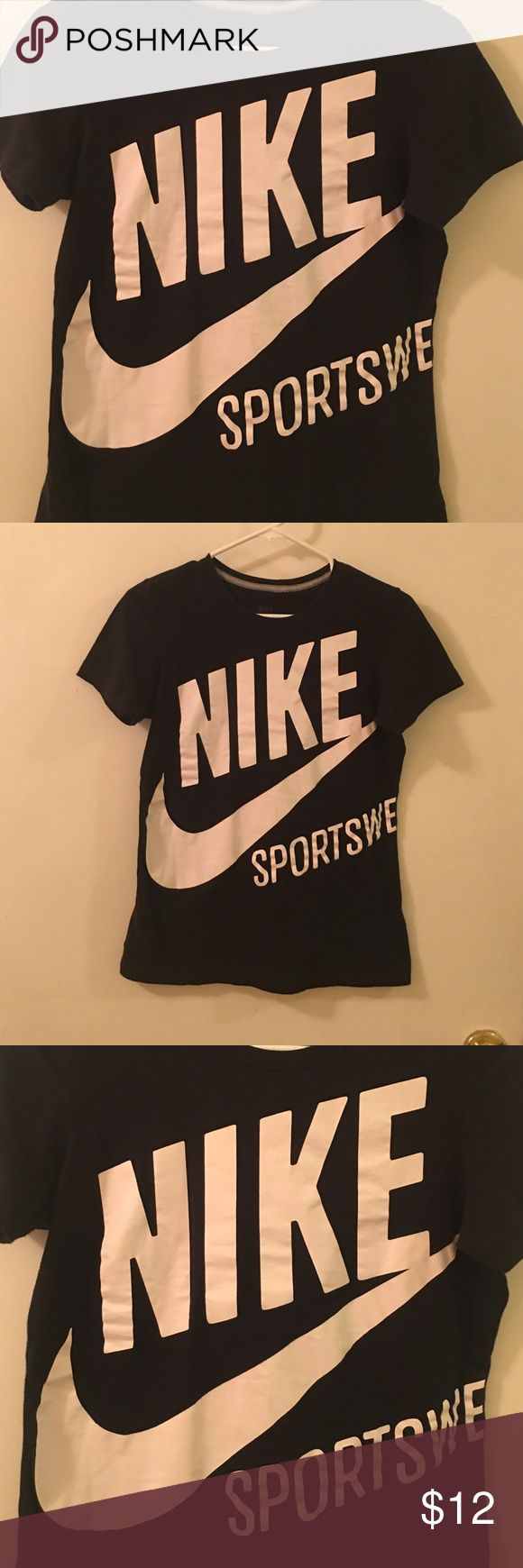 Nike top Good condition is  medium but fits more like smal on nike  Tops Tees - Short Sleeve