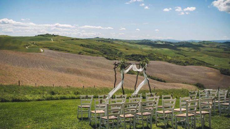 Un matrimonio al profumo di rosmarino sulle colline toscane
