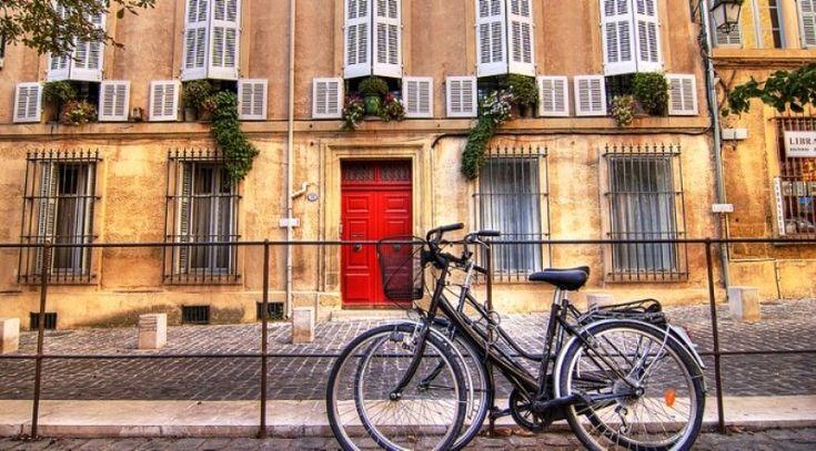 El gobierno Francés realizo un plan donde pago 25 centavos de euro por kilómetro recorrido