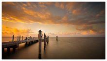 Doca no mar com agradável pôr do sol pintura a óleo da lona retrato da parede da lona arte esticada quadro impressão em tela para sala de estar decoração(China (Mainland))