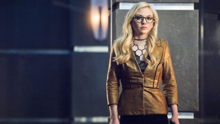 "Arrow: Why Emily Kinney Loves Playing the Bug-Eyed Bandit  Brie Larvan (Emily Kinney) is coming back to the television DC universe but this time she's taking her robotic bees to Arrow.  After appearing in The Flash's Season 1 episode ""All Star Team Up"" the Bug-Eyed Bandit found herself imprisoned after being defeated by the Scarlet Speedster. Now she's broken out and is tracking down the hacker who helped put her behind bars -- Emily Bett Rickard's Felicity Smoak -- in the March 30 episode…"