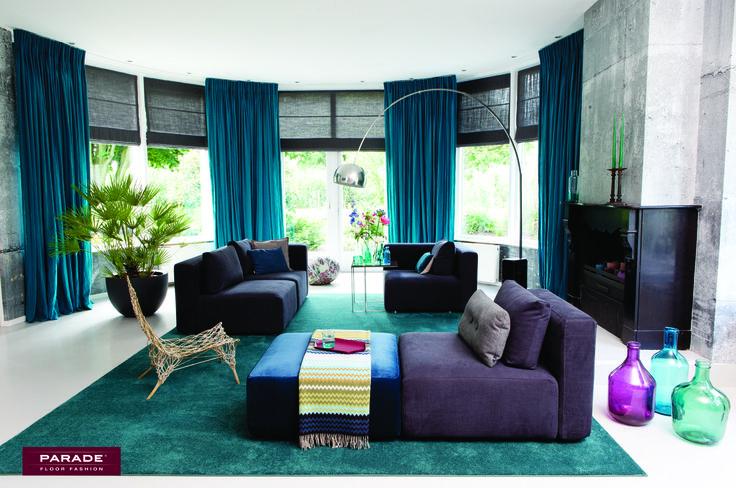 Ideaal voor een kleurrijk interieur: een turquaze #vloerkleed.