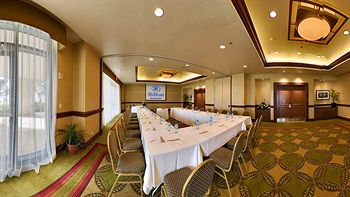 Meeting space at the Hilton Barbados Resort,  minutes from Needhams Point and George Washington House. This 4-star resort is within close proximity of Garrison Savannah and Barbados Museum and Historical Society. #barbados #resort #hilton #holiday #vacation #meetings #hotel  Get a beach tour along with your room too!