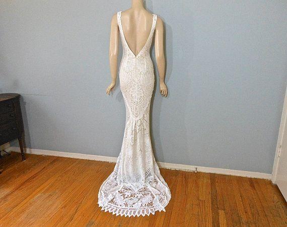 Best 25+ Wedding Dress Outlet Ideas On Pinterest