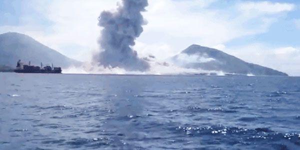 2 de septiembre, una pareja de Queensland, Linda y Philip McNamara, estaban navegando cerca del volcán Tavurvur (Papúa Nueva Guinea). De pronto, fueron testigos de una explosión, seguida por una onda expansiva!¡Es increíble que fueran …