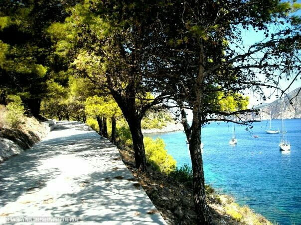#Castle path, Assos, Kefalonia