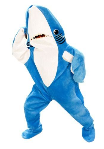 Have trouble dancing? With this Adult Katy Perry Left Shark Costume you can dance a little bit off beat and it won't matter. People love a dancing shark.