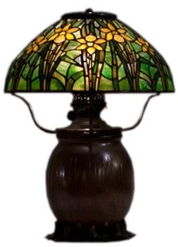 1000 images about tiffany lamps on pinterest wisteria. Black Bedroom Furniture Sets. Home Design Ideas