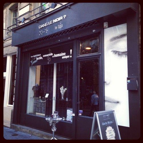 Dans_le_noir-SPA-Paris-Beaute