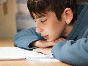Dificultades a la hora de aprender a leer LHYPNOSE BIENTOT A LECOLE ?