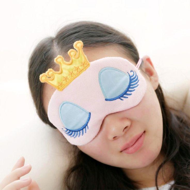 Se quer ter uma noite de sono bem tranquila, aprenda a fazer uma máscara para dormir, é bem simples :) #diy #sleepingmask #mask #dormir