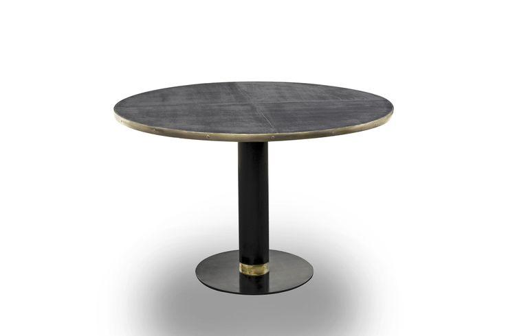 Table T02  Iron_brass_linen