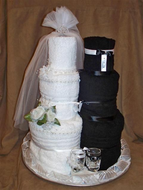 Towel Cake...... Creative #bridal shower ( with red flowers )
