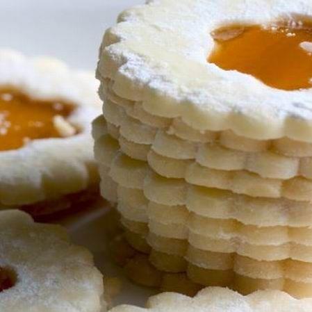 Egy finom Linzer és isler ebédre vagy vacsorára? Linzer és isler Receptek a Mindmegette.hu Recept gyűjteményében!