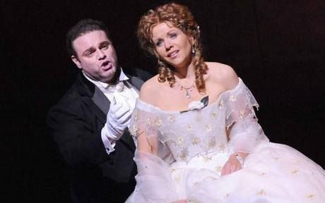Did you know that the #opera La Traviata inspired #American movies like Moulin Rouge? Catch the show tonight at St. Mark's in #Florence www.florenceisyou.com