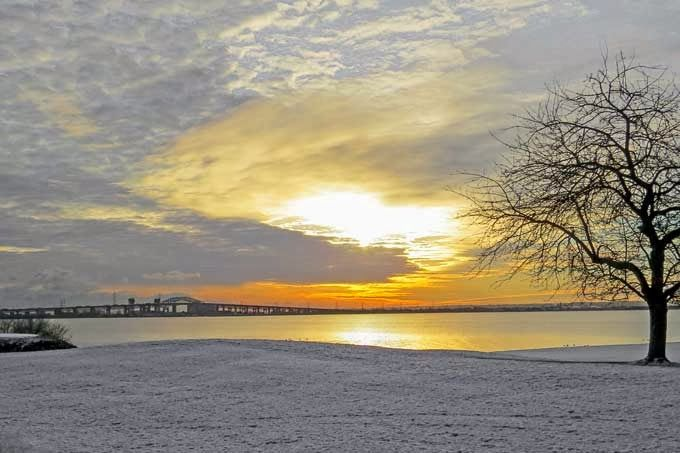 Winter sunrise, Burlington, Ontario
