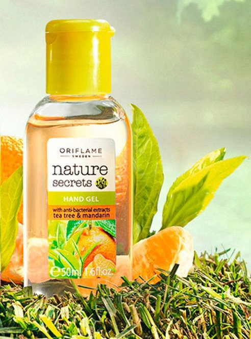 Nature Secrets Anti-bacterial Hand Gel with Tea Tree & Manderin by Oriflame