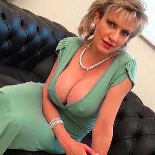 Www british lady sonia com short
